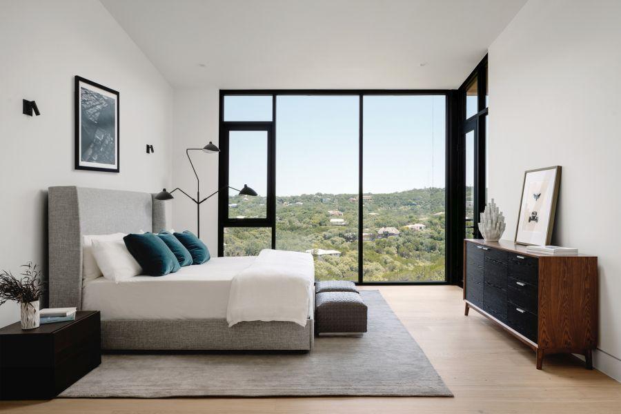Из каждой комнаты в доме открывается панорамный вид на каньон.