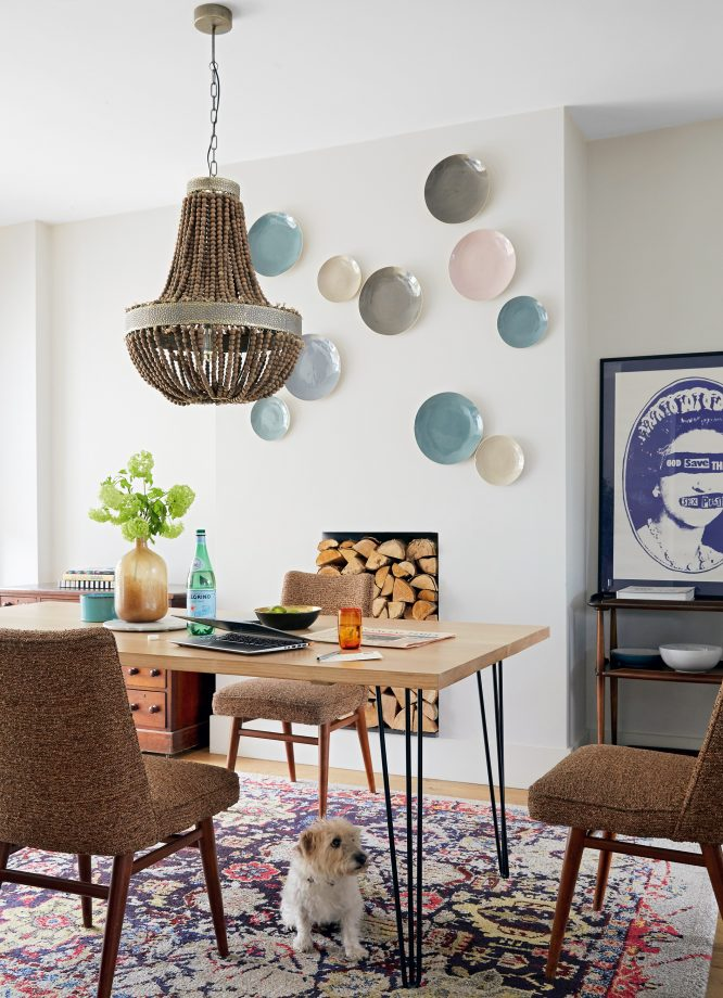 идеи стен галереи с навесными пластинами на стене